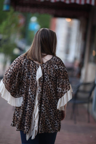 Curvy cheetah print open back spring top
