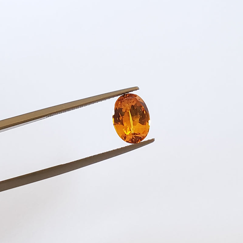 Fancy Color Orange Sapphire Oval 2.77ct - Gemorex International Inc
