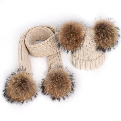Double Large Pom-Poms Hat & Scarf Set