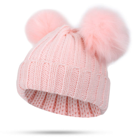 Medium Pom Pom Hat