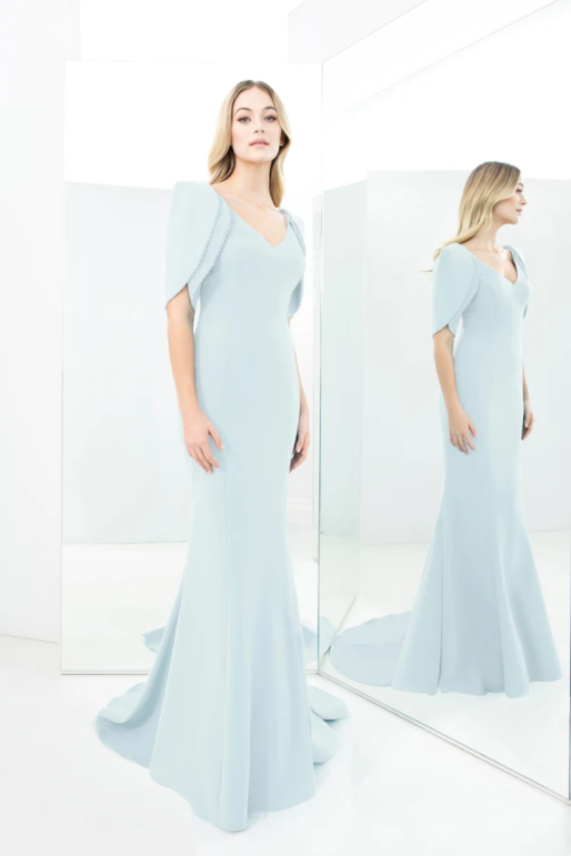 No. 1360 Gown