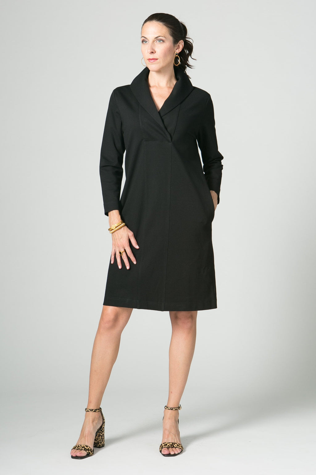 "39"" ¾ Sleeve Wing Collar Dress with Pockets"