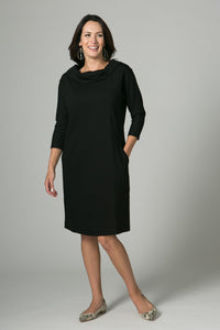 "39"" Portrait Collar Seam Dress"