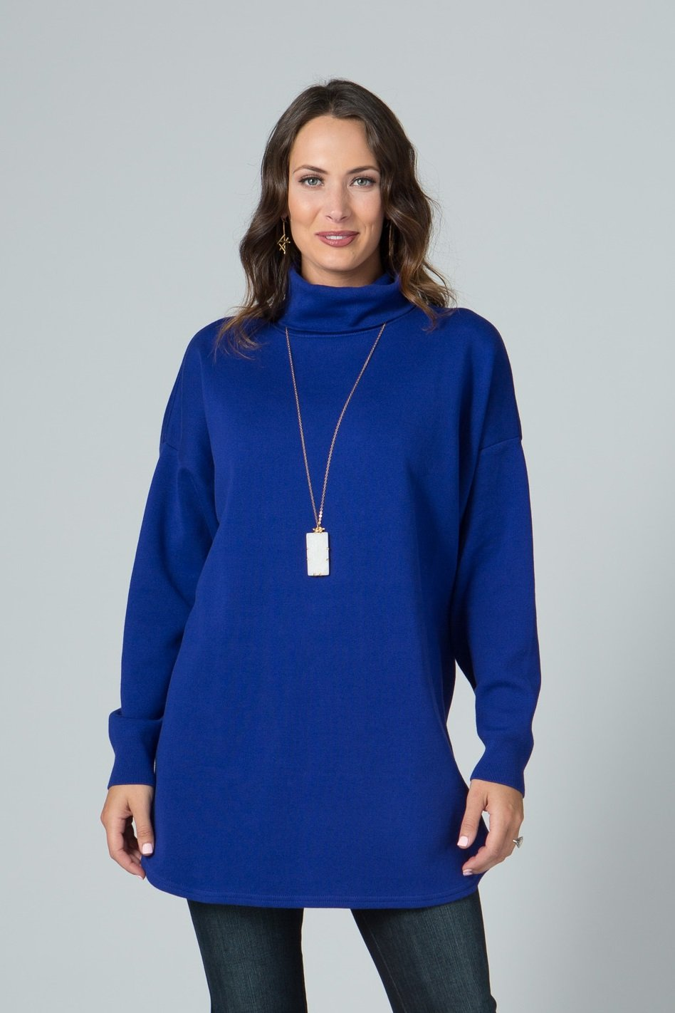 "27"" ¾ Sleeve Round Neck Tunic with Button Detail"