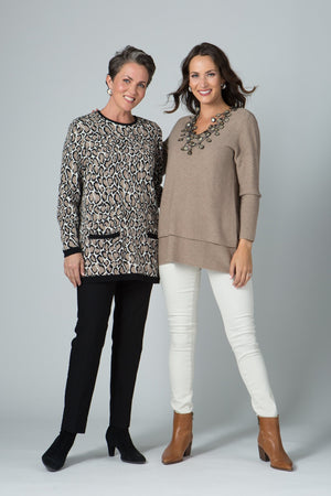Long Sleeve Two Pocket Animal Print Sweater - New Orleans Knitwear - Tops - Sweaters