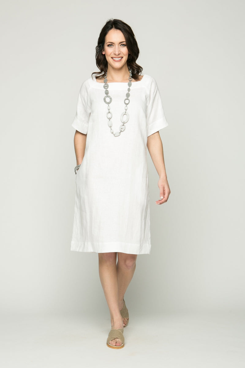 "39"" Short Sleeve Square Neck Dress with Pockets"