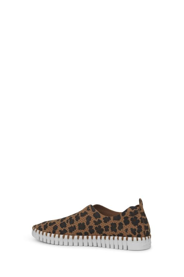 The Perfect Summer Shoe - Leopard