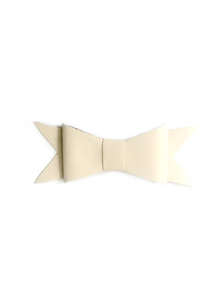 LEANDRA CREAM - LEATHER HAIR BOW