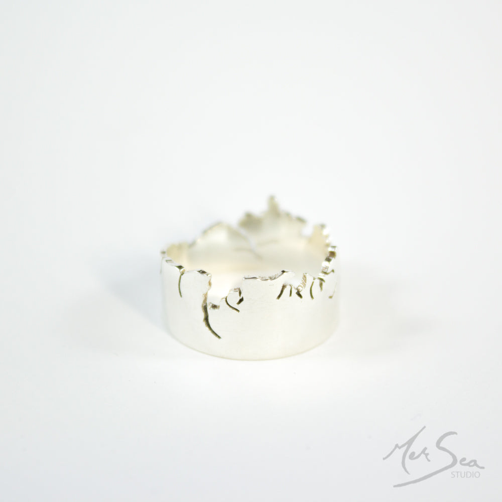 West Coast Crown Ring