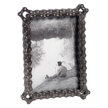 Load image into Gallery viewer, Bicycle Chain Picture Frame