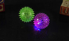 Load image into Gallery viewer, Light Up Spikey Balls