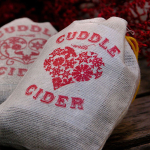 Cuddle with Cider Sachets