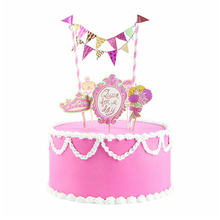 Load image into Gallery viewer, Queen For a Day Cake Decorating Kit
