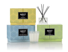 Load image into Gallery viewer, Ocean Mist & Sea Salt Petite Candle & Diffuser Set