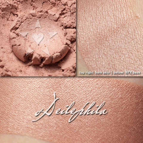 DEILEPHILA - multipurpose/highlighter/eyeshadow
