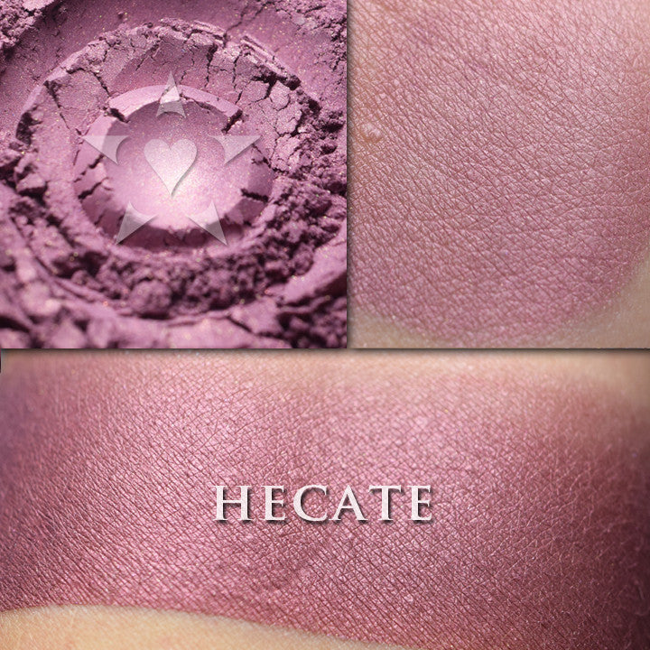 HECATE- Rouge
