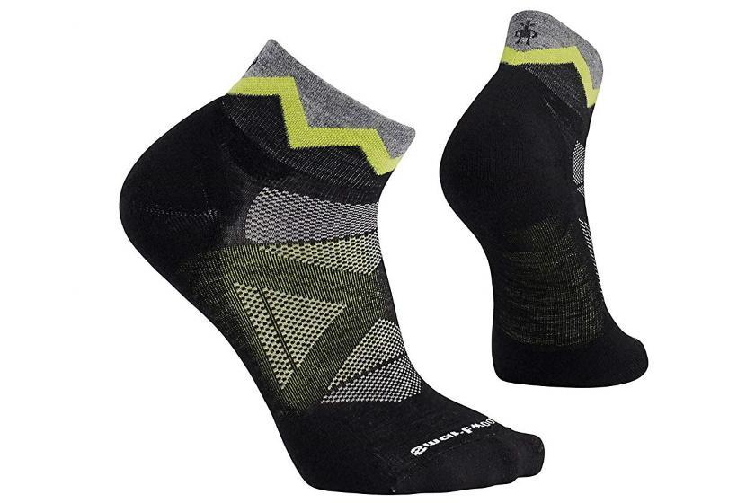 Smartwool PhD Outdoor Approach Mini Socks Socks Black / Medium - US 6 - 8.5| | EU 38 - 41 | UK 5 - 7.5 | 24 - 26.5CM