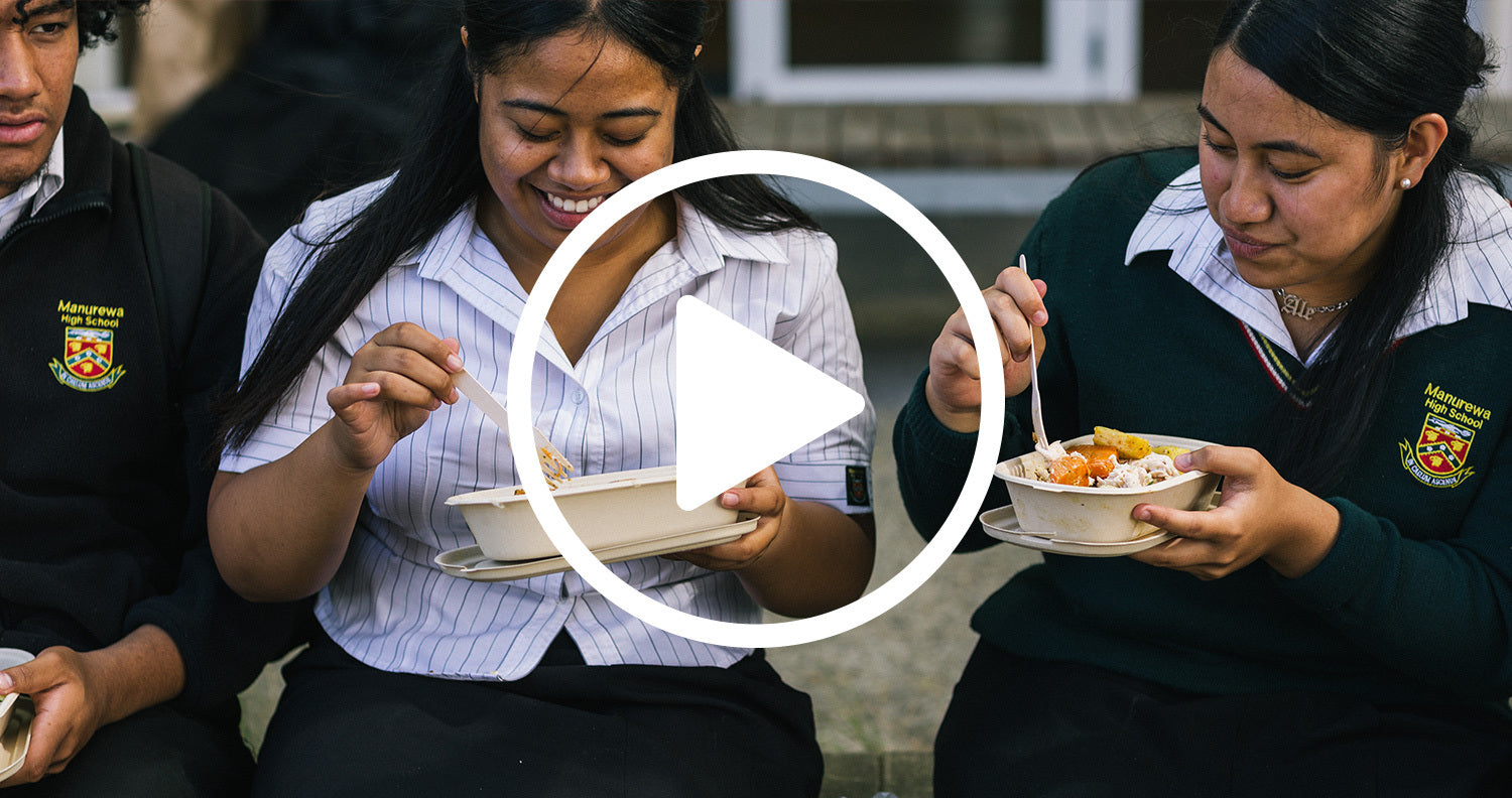 Manurewa High School students enjoying healthy lunch in Ecoware packaging