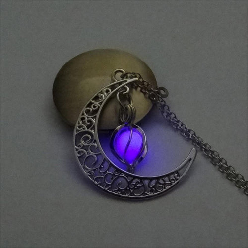 Moon Glow Necklace