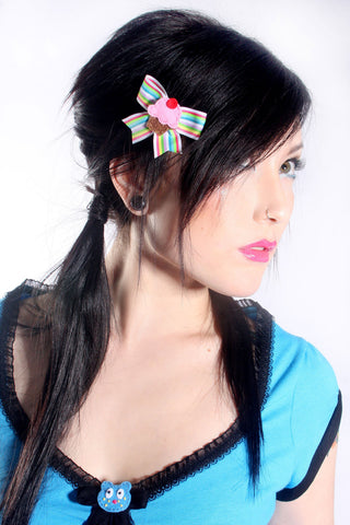 Crystal Skull Bow Hairclip