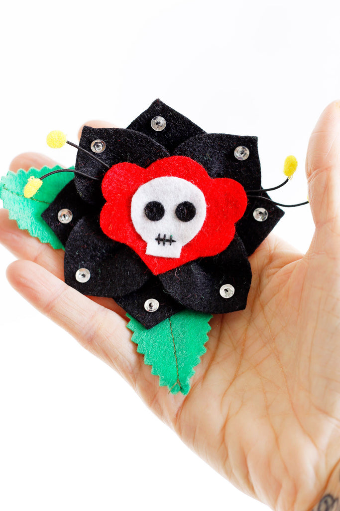 Skull Rose Hairclip - shopjessicalouise.com