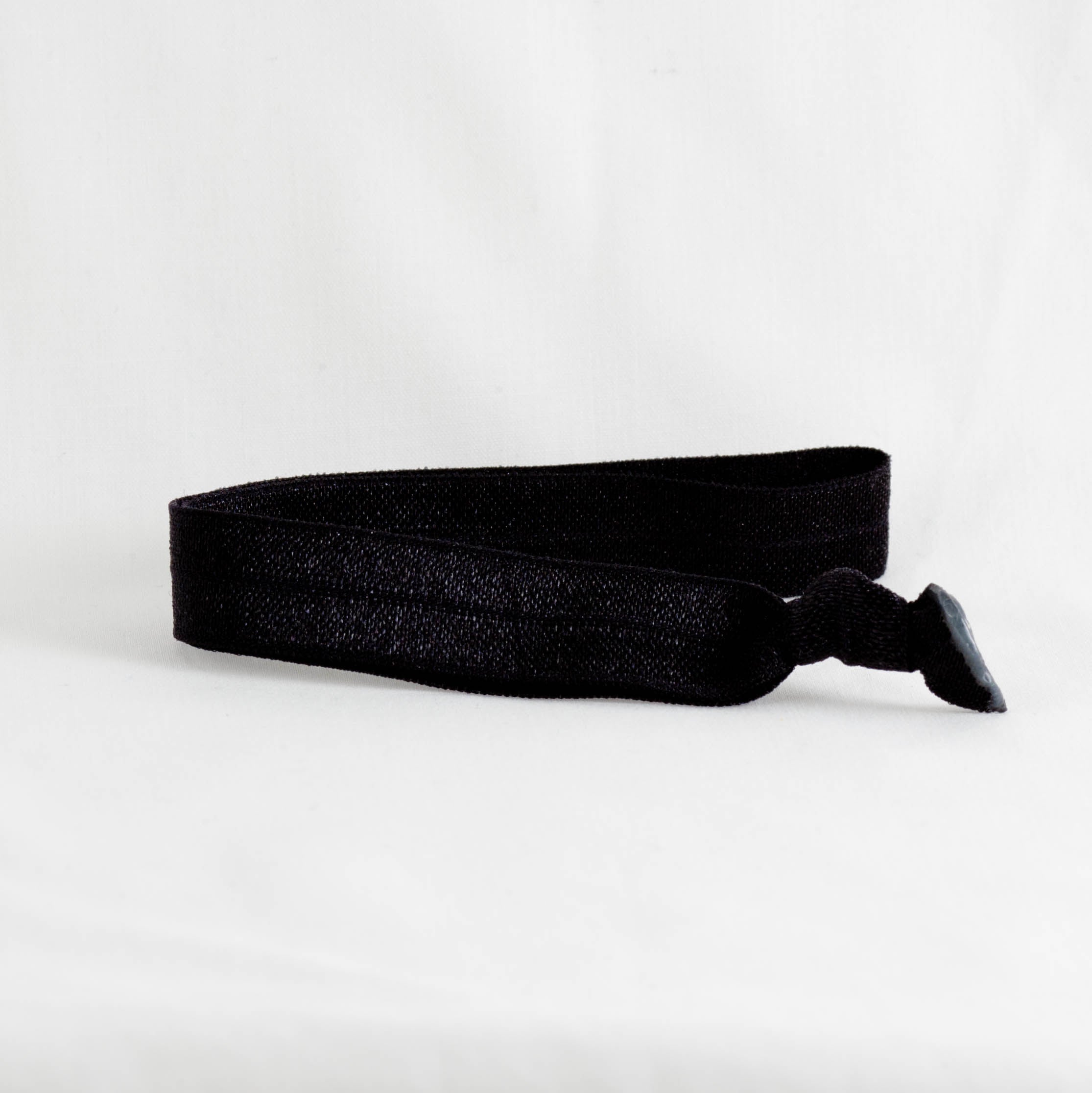 Ponytail Mail Black Headband