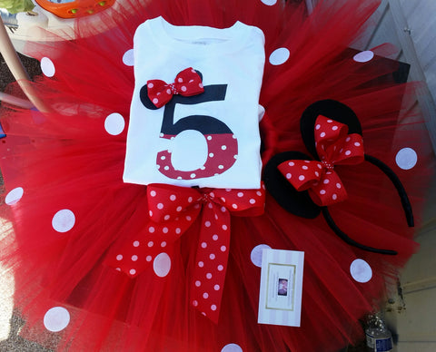 Classic red Minnie mouse birthday outfit - AlessandrasLittleBow