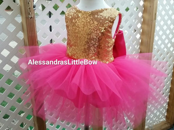 The Princess dress in hot pink and gold knee lenght - AlessandrasLittleBow - Sequin dress - children's boutique  -  -  -  - 2