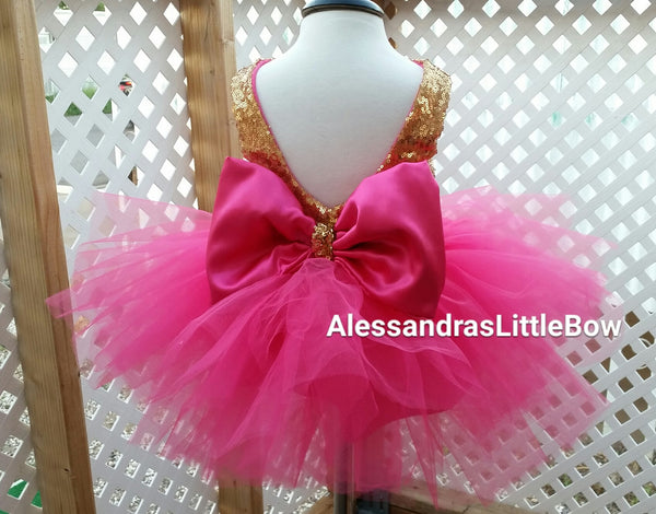 The Princess dress in hot pink and gold knee lenght - AlessandrasLittleBow - Sequin dress - children's boutique  -  -  -  - 3