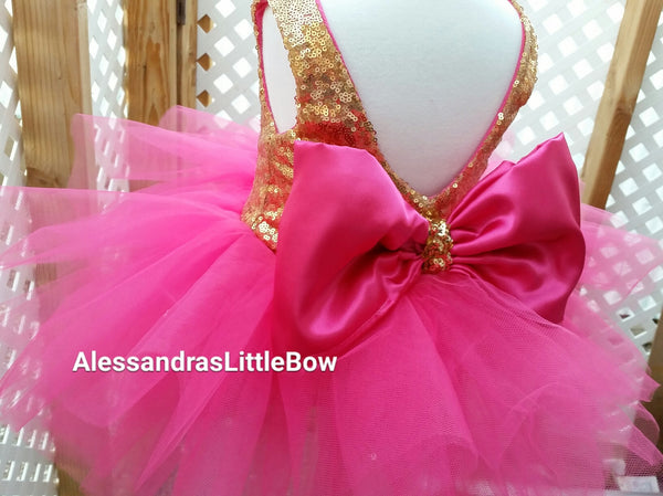 The Princess dress in hot pink and gold knee lenght - AlessandrasLittleBow - Sequin dress - children's boutique  -  -  -  - 1