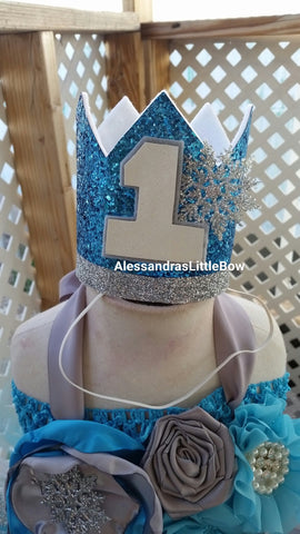 Winter Wonderland birthday crown - AlessandrasLittleBow