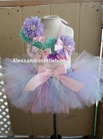 Sweet pastel Mermaid cake smash outfit
