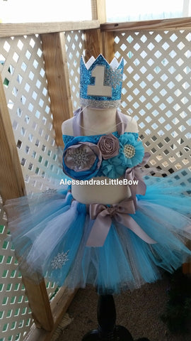 Winter princess cake smash outfit - AlessandrasLittleBow