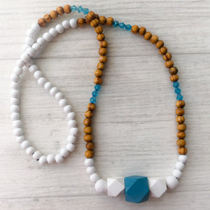 Beaded necklace - blue lagoon