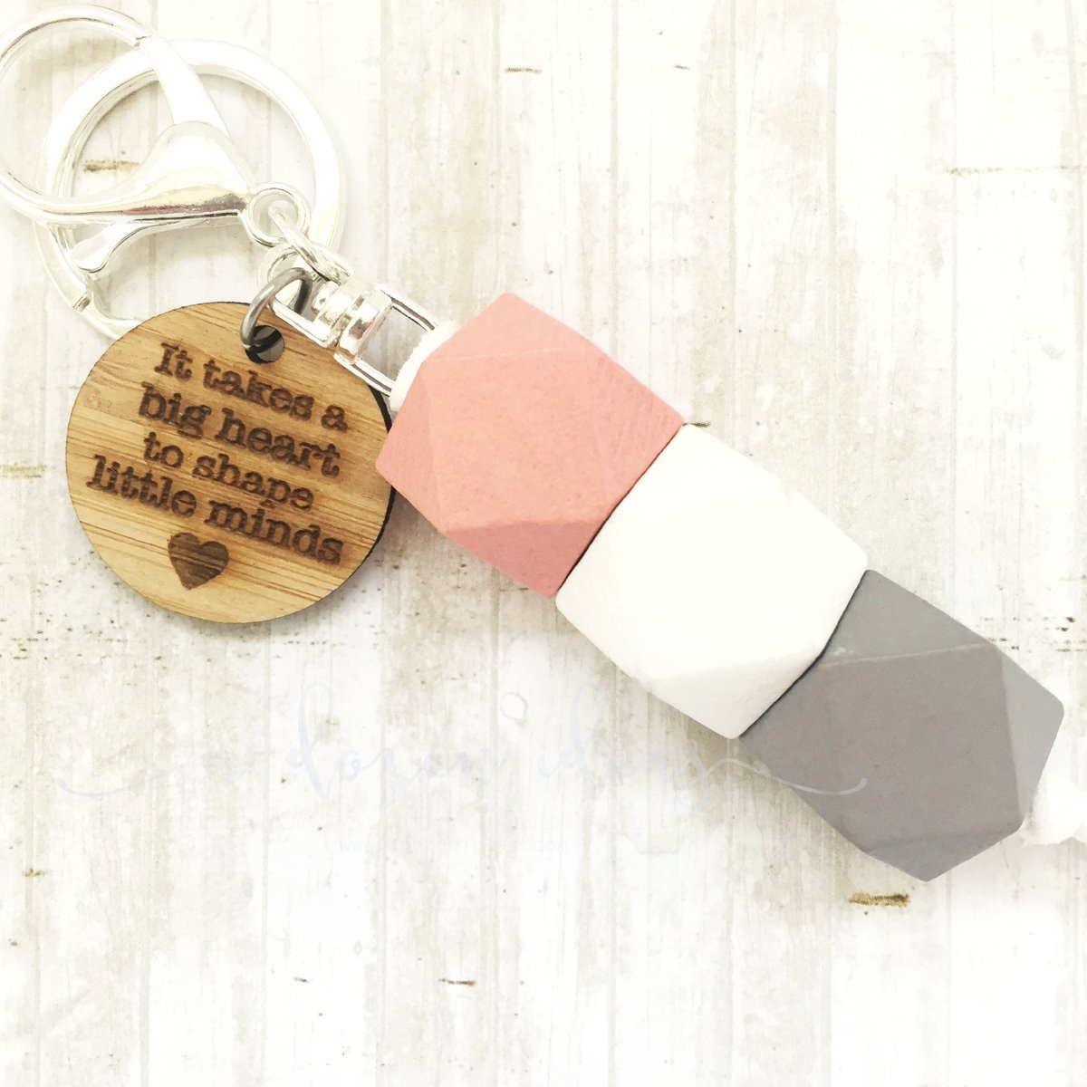 Geo Keyring - Marshmallow - Big Heart (new) version
