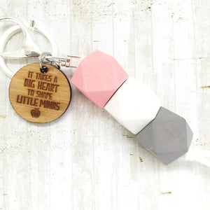 Geo Keyring - Marshmallow - Big hearts version