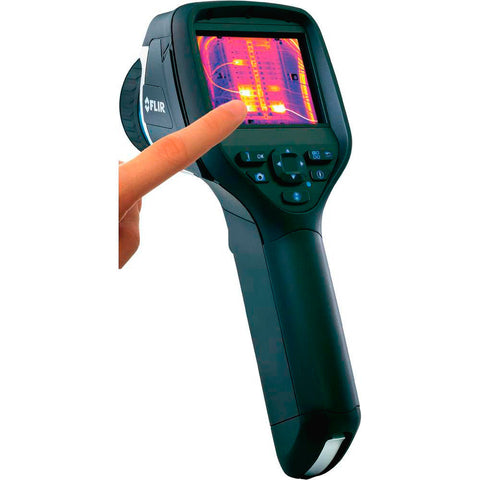 A high quality Image of Flir e60 Thermal Imaging IR Camera 320 x 240 Resolution / 60Hz