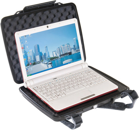 Pelican 1075 Hardback Tablet Case w/ Pick-n-Pluck Foam and Convoluted Foam Lid