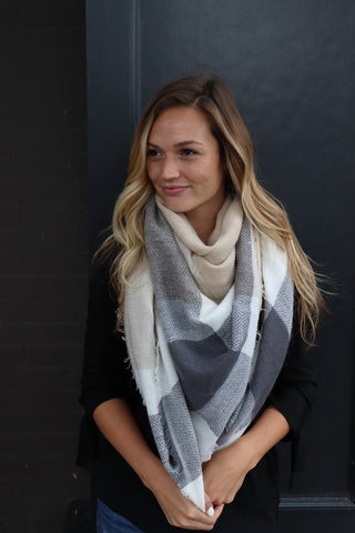 Blanket Scarf - Beige/Cream/Grey