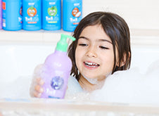 WOW Skin Science Kids Blueberry 3 in 1 Tip to Toe Wash - Shampoo + Conditioner + Bodywash step2