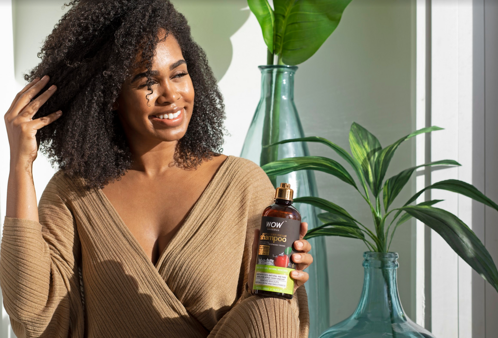 How Does Apple Cider Vinegar Work In Your Hair?
