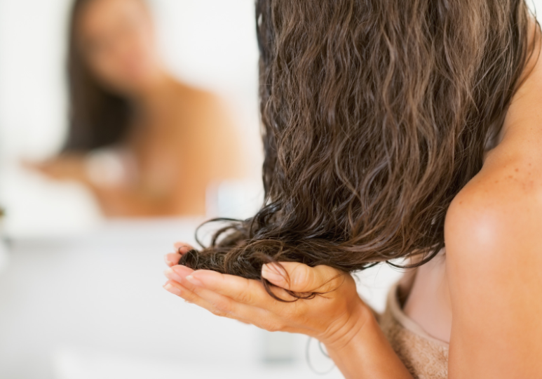 Best Shampoo For Wavy Hair & Other Best Hair Products