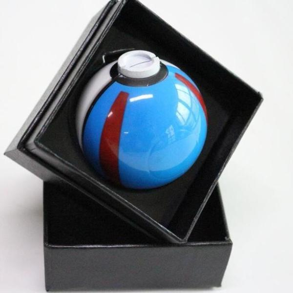 Pokeball Blue Grinder
