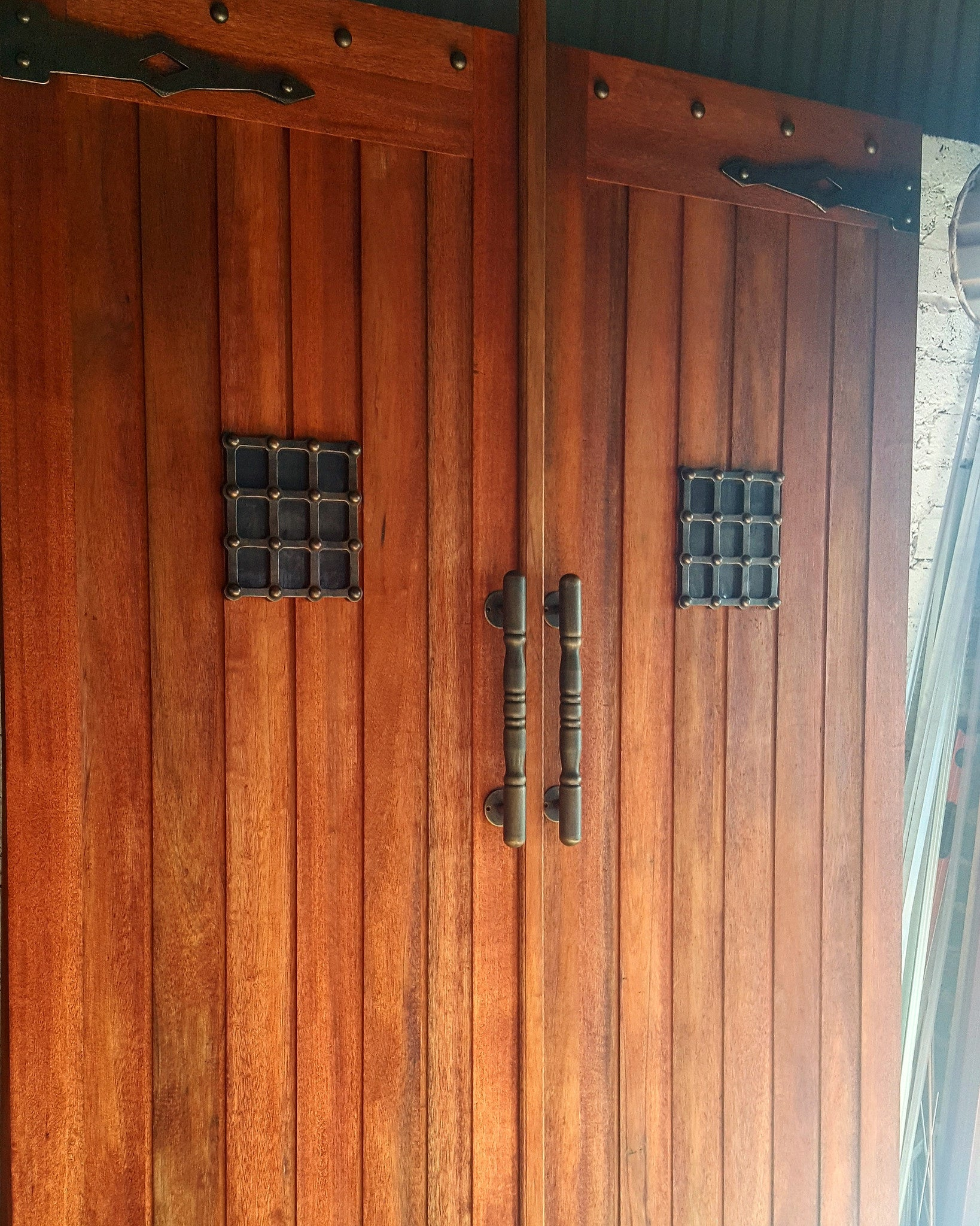 Create your own farm style door using NW/AC6 mock hinges, NW/AC32 door grills and NW/35DD decorative studs