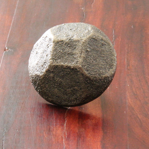 NW/94DD 50 mm diameter antique rivet head