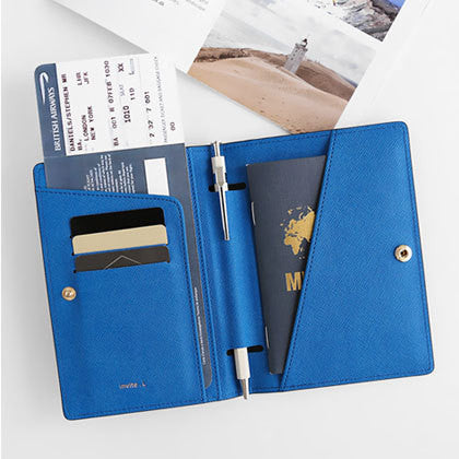 invite.L Passport Cover