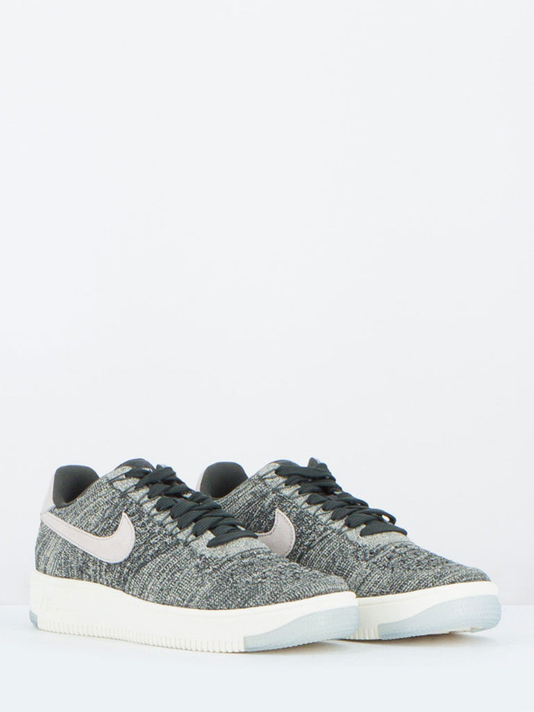 NIKE - AIR FORCE 1 FLYKNIT LOW GRIGIE
