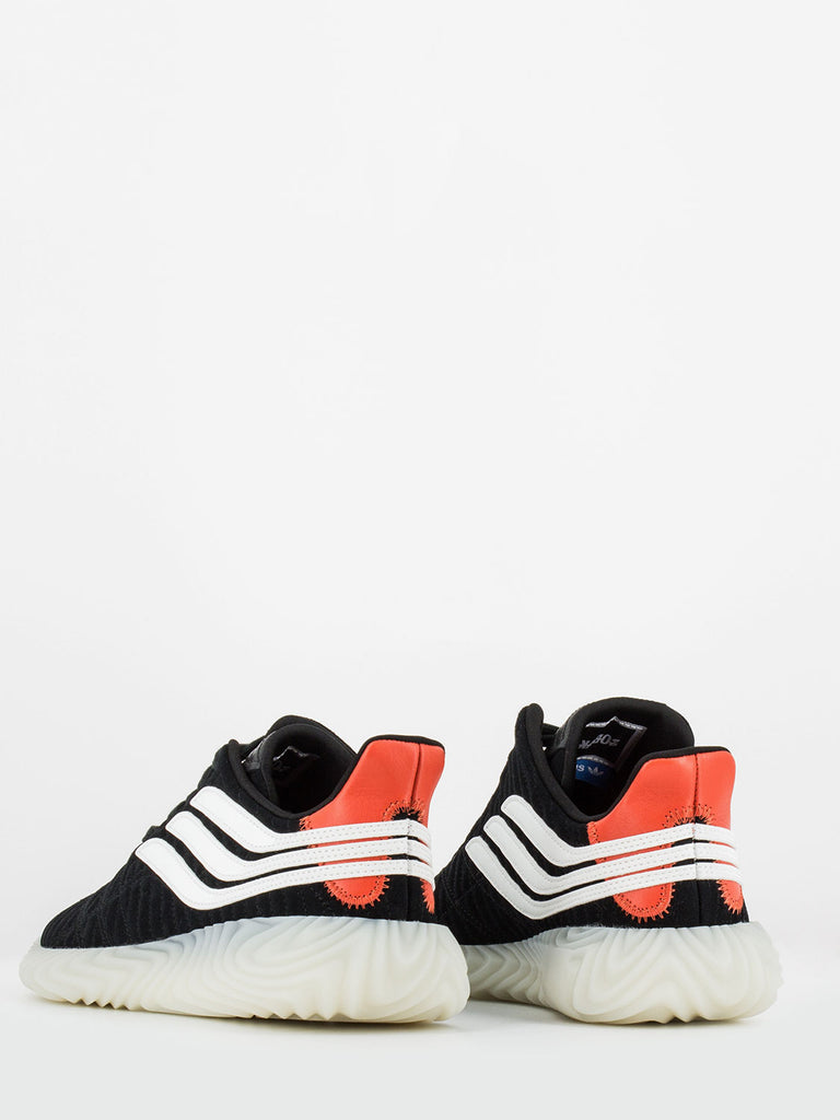 ADIDAS - Sobakov in suede nero / bianco / rosso