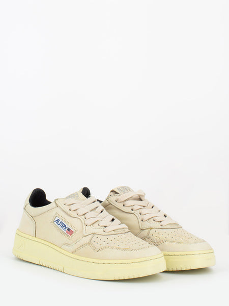 Sneakers 01 low goat ivory