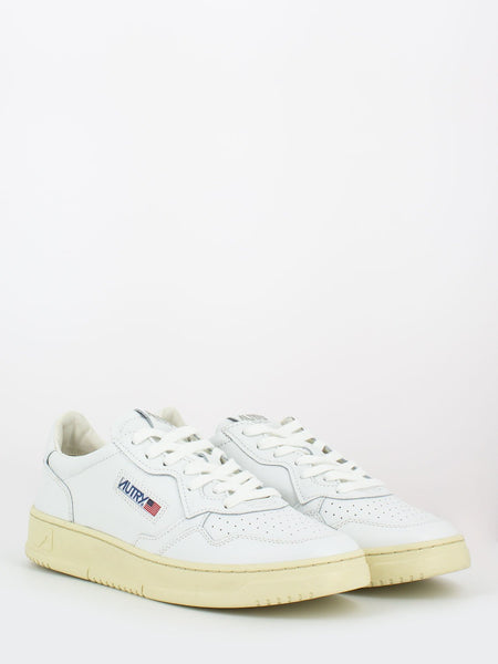 Sneakers 01 low total white